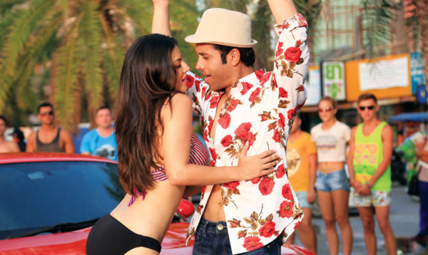 Mastizaade Movie Cast And Crew Reviews Ratings Trailer Release Date